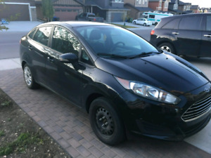 2014 Ford Fiesta SE black