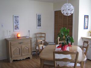Appartement spacieux dans un duplex secteur Charlesbourg