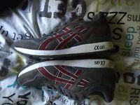 Asics Ol gel trainers grey size 6