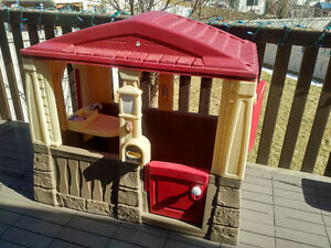 STEP 2, Little Tikes Play House, Cottage