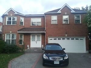 Luxurious 4-Bedroom Detached House in Central Mississauga