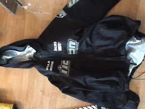 *REDUCED* Selling Motorcycle gear - moving away sale