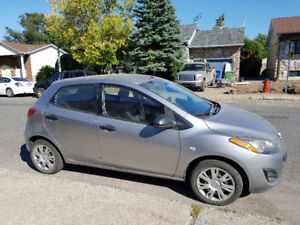 Mazda 2 2011 manuelle 170.000km  air climatise