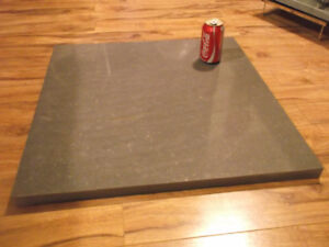 dalle de granite pour projet table ou autre 24 x 24 1/2 x 1 1/8