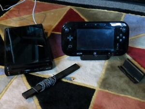 32GB Wii-U w/ all cables, controller, 2 games