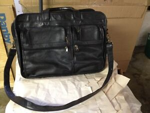 Leather Briefcase Comox / Courtenay / Cumberland Comox Valley Area image 1
