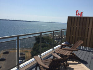 Downtown, Lakeside Apartment to Sublet