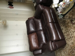 Nice Sofa and Loveseat  Comfy Good condition!