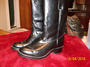Black Boulet Men`s boots size 8D