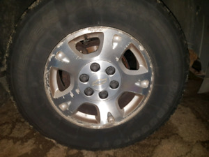From 2005 avalanche 17 rims and tires $125