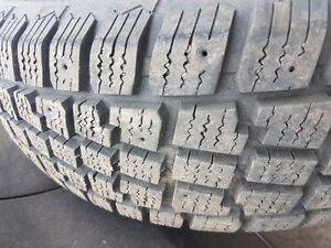4 tires. 185 65 r15. Only used 4 mths