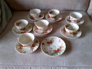 ROYAL DOULTON TEA CUPS AND SAUCERS Kitchener / Waterloo Kitchener Area image 1