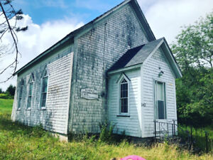 Church building for sale: must be moved
