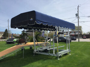 BOAT LIFT - FLOE 5000 LB  - END OF SUMMER DISCOUNT
