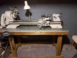 Th54-10F metal lathe and accessories