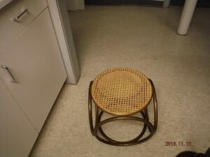 Wicker Footstool Windsor Region Ontario image 2