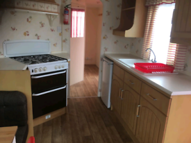 3 bed static available nn13