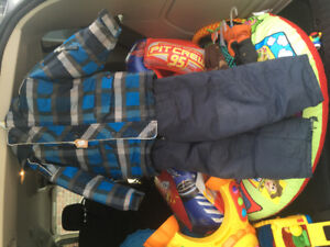 Kids snowsuit - size 3