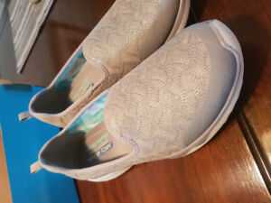 Sketchers Air Cooled Memory foam shoes Size 11