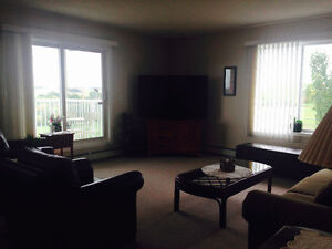 Quiet and cozy room for rent - perfect for out of town workers Strathcona County Edmonton Area image 4