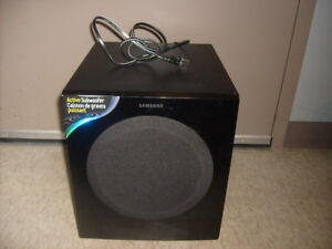 Samsung PS-AW730 Powered Subwoofer. 150W.