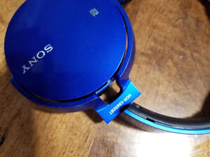 SONY - MDR-XB650BT - Wireless, Bluetooth and Extra Base