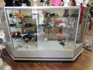JEWELRY COUNTER DISPLAY CASE WITH 3 TIER SHELVING