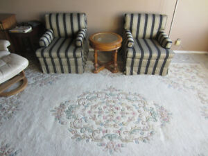 Gorgeous Rug / hand crafted   12ftx8ft