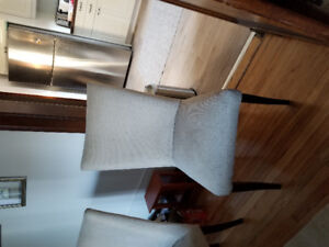 Chaise / dining chairs
