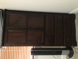 Dresser tall and one night table