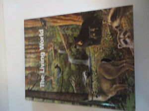 The Living World Hardcover textbook Like new condition