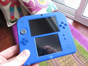 nintendo 2ds-5 games,usb and ac charger, game case, sd card