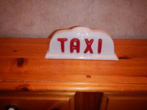 Enseigne de Taxi en Plastique A Voir