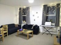 Large Double Room with Ensuite Bathroom
