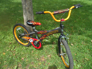 KIDS' BIKE! AMAZING! EXCELLENT CONDITION!!