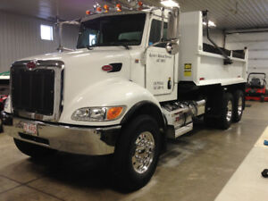 PETERBILT  335 DUMP TRUCK VERY LOW KMS 119K EXCELLENT CONDITION