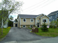 4 Bedroom bungalow with large piece of land in Paradise