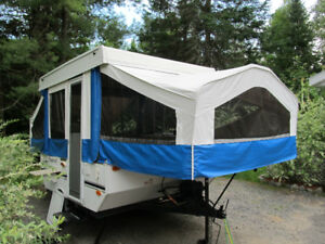 2006 FLAGSTAFF TENT TRAILER FOR SALE