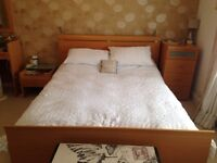 Beautiful kingsize bed frame with matching furniture available (together or separately)