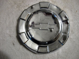 1960 - 1963 Chevrolet 1/2 ton truck dog dish poverty hubcap
