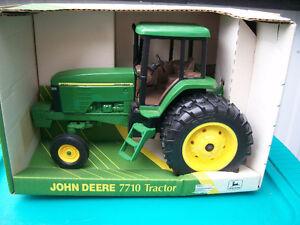 1/16th John Deere