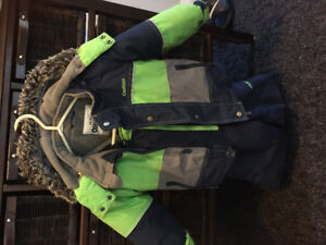 3t carters snow suit. Pet free/smoke free home. Good condition.