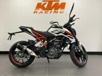 KTM Duke 125 Learner Legal Street Sports Motorcycle SAVE £500 PLUS 0% APR