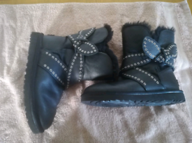 Ugg Boots Size 5, used for sale  Chichester, West Sussex
