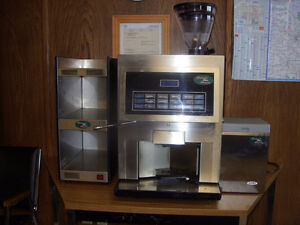 BAILIFF SEIZURE ONLINE AUCTION--ITALIAN HLF SUPER COFFEE MAKER S