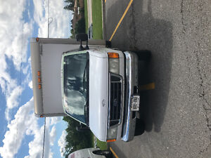 2003 Ford F450 Cube van Other