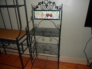 Small bakers rack