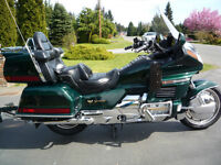 AWESOME GOLD WING WITH MATCHING CARGO TRAILER