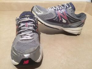 Kids New Balance 1140 Running Shoes Size 6.5 London Ontario image 1