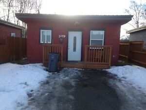 avalible feb 1st 1179 cuddie $695 a month one bedroom
